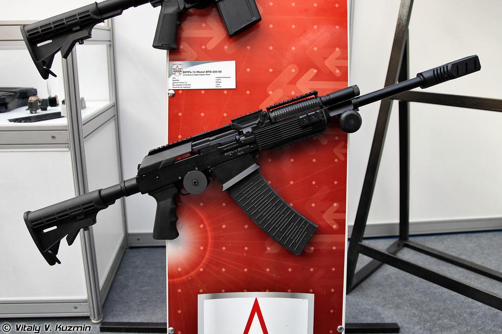 12х76 карабин Вепрь-12 Молот ВПО-205-00 (12x76 Vepr-12 Molot VPO-205-00)