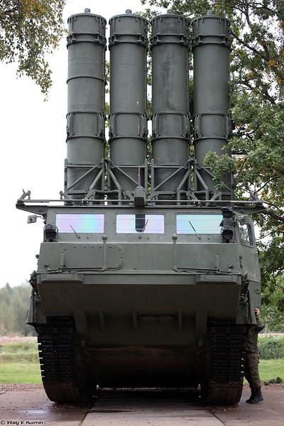Пусковая установка 9А83 ЗРС С-300В (9A83 TELAR of S-300V system)