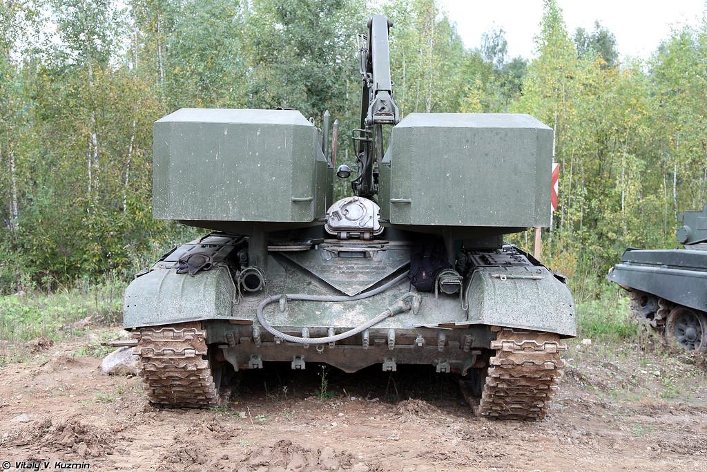 Транспортно-заряжающая машина ТЗМ-Т из состава тяжёлой огнемётной системы ТОС-1А Солнцепек (TZM-T transporter-loader of TOS-1A heavy flamethrower system)