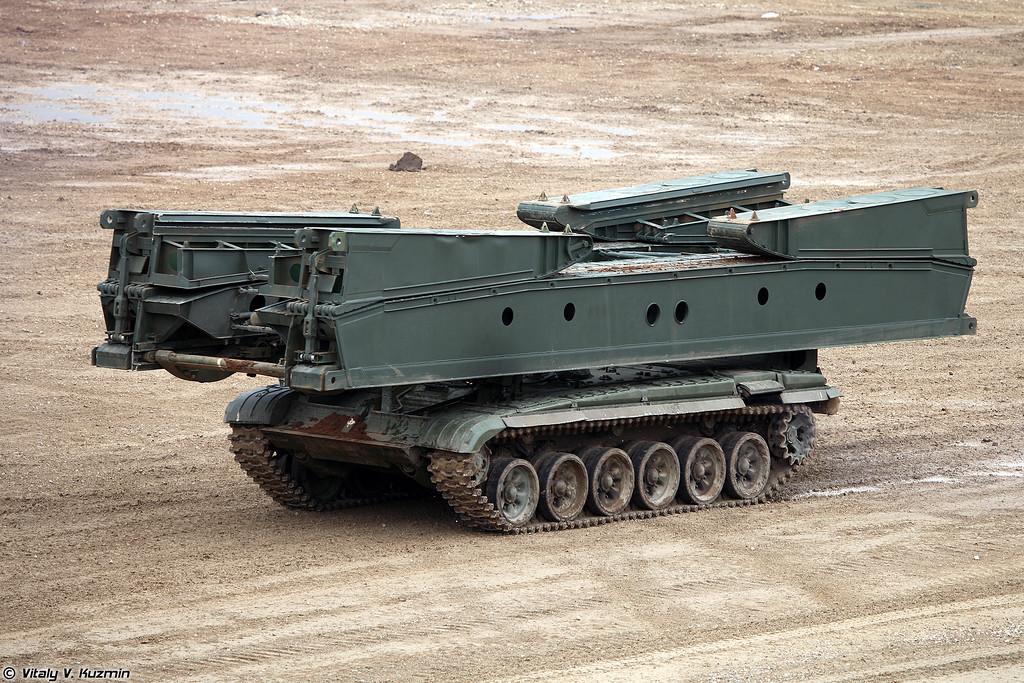 Танковый мостоукладчик МТУ-72 (MTU-72 armored vehicle-launched bridge)