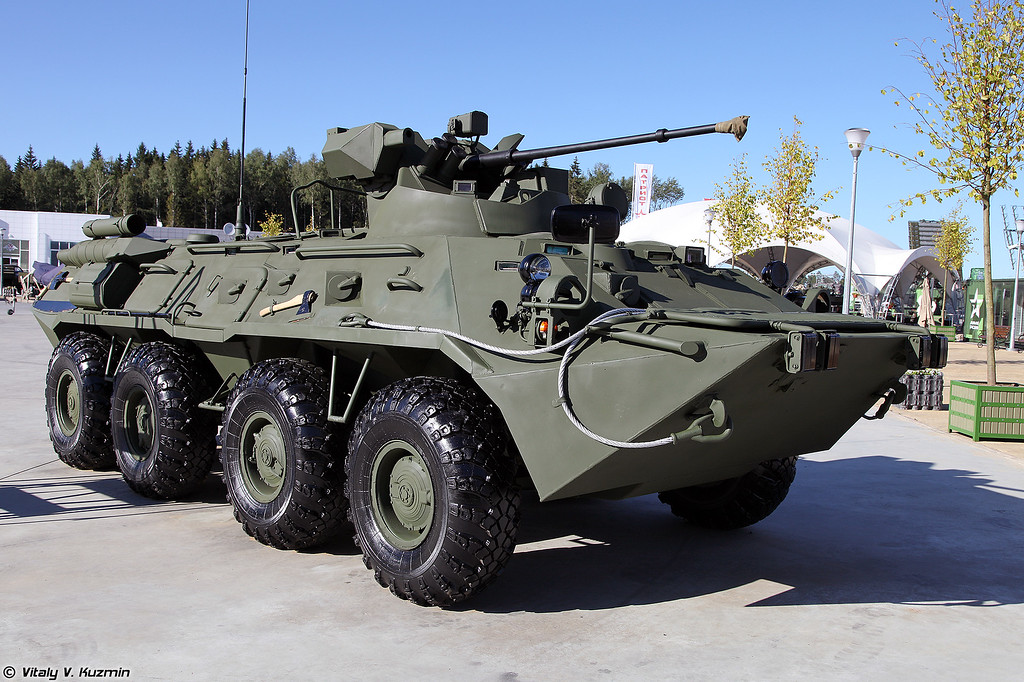 Бронетранспортер БТР-82А (BTR-82A armored personnel carrier)