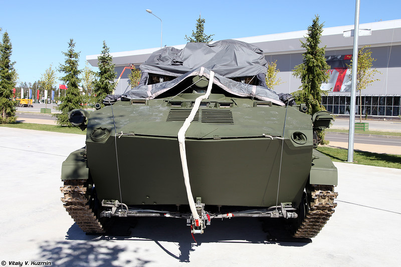 Бронетранспортер БТР-Д (BTR-D armored personnel carrier)