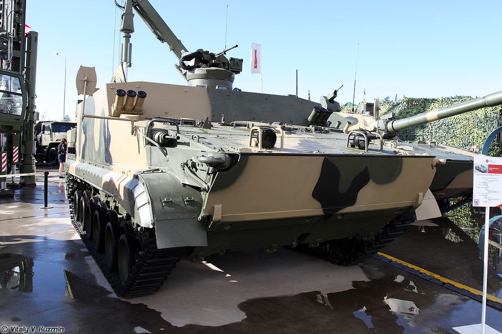 Бронетранспортер БТ-3Ф (BT-3F armored personnel carrier)