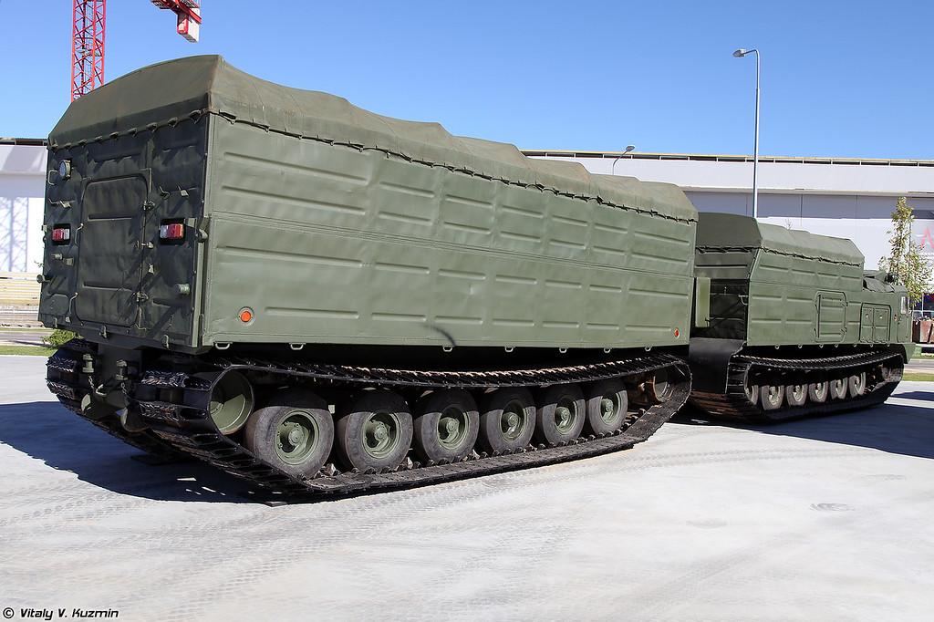 Двухзвенный гусеничный транспортер ДТ-30П (DT-30P tracked transporter)