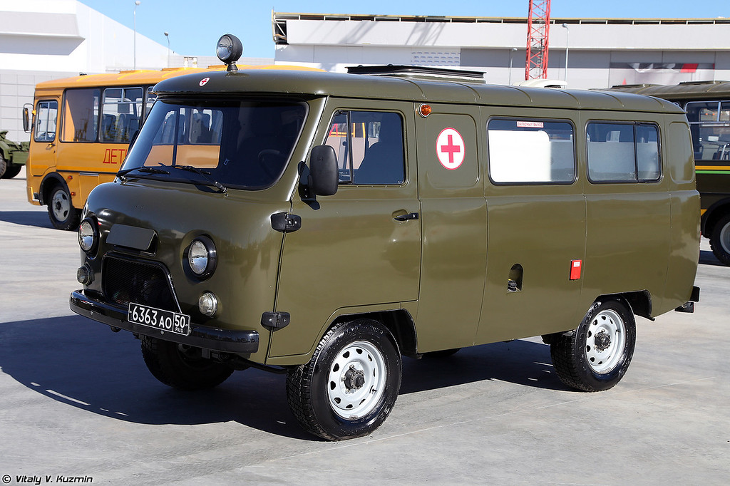 Санитарный автомобиль УАЗ-ССА-1844 (UAZ-SSA-1844 medic vehicle)