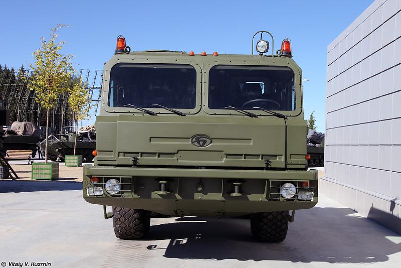 Седельный тягач БАЗ-6403 (BAZ-6403 tractor unit)