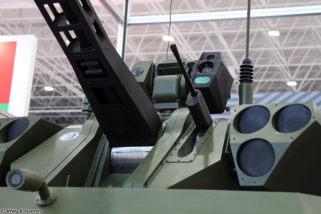 Разведывательно-ударный наземный робототехнический комплекс Вихрь с боевым модулем АБМ-БСМ 30 на базе БМП-3 (Vikhr reconnaissance-assault unmanned ground vehicle with ABM-BSM 30 weapon turret on BMP-3 chassis)