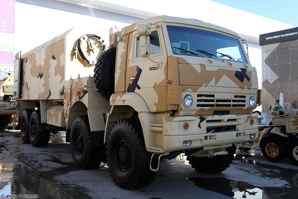 Транспортно-загрузочная машина 2Ф66-1 (2Ph66-1 transport-loading vehicle for 152mm self-propelled artillery)