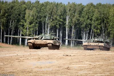 Танки Т-72Б3 и Т-80УЕ-1 (T-72B3 and T-80UE-1 main battle tanks)