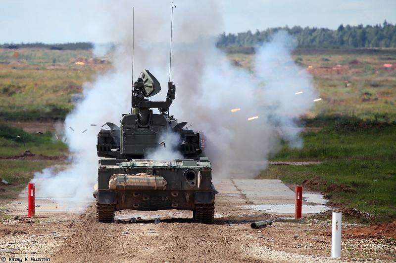 Боевая машина 2С6М1 ЗРПК 2К22М1 Тунгуска-М1 (2S6M1 combat vehicle of 2K22M1 Tunguska-M1 system)