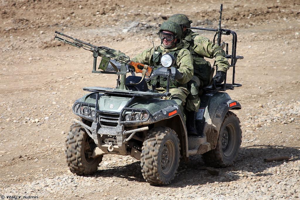 Армейский мотовездеход АМ1 (AM1 vehicle)