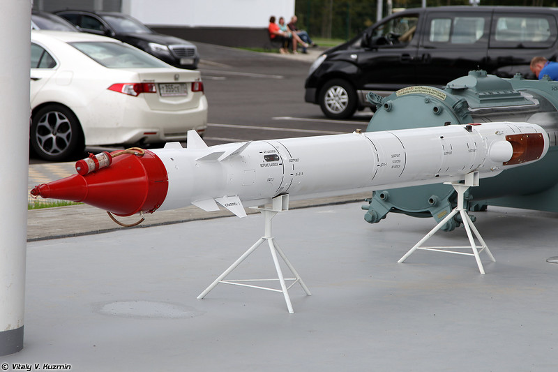 Противорадиолокационная ракета Х-25МПУ (Kh-25MPU anti-radiation missile)