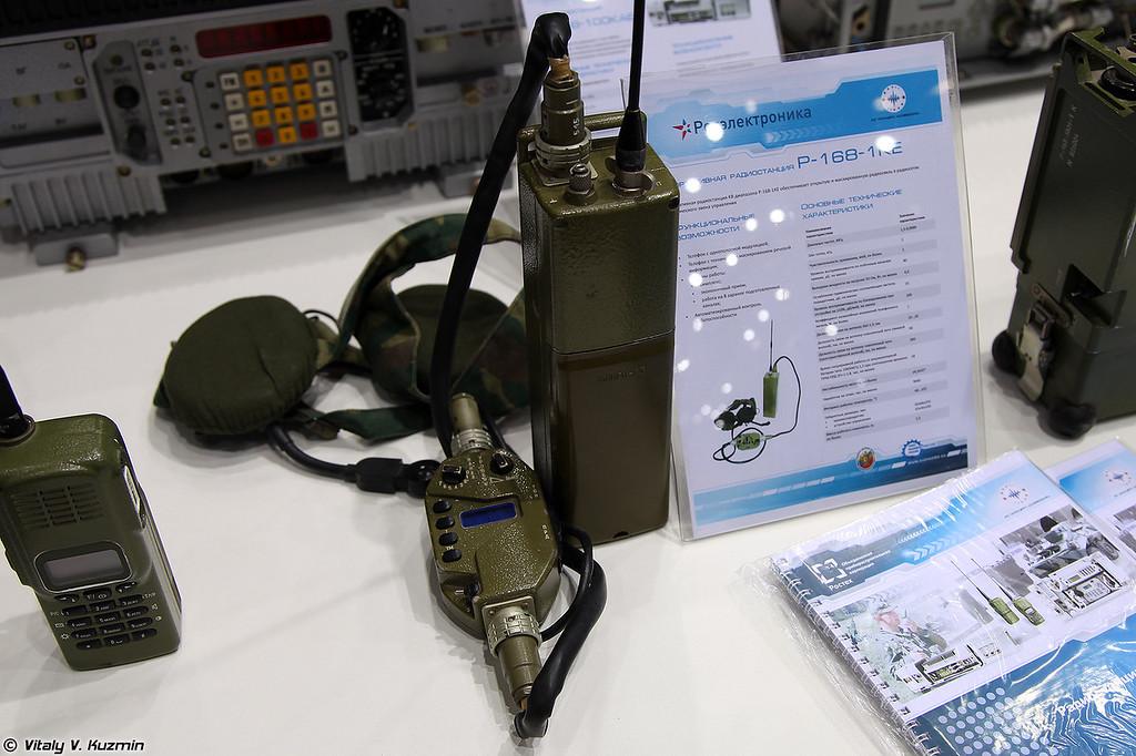 Радиостанция Р-168-1КЕ (R-168-1KE radio)