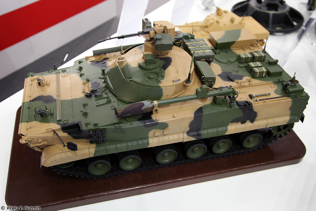 Комплекс средств автоматизированного управления противотанкового дивизиона, изделие 83т289-1 (Item 83t289-1 command vehicle for anti-tank unit)