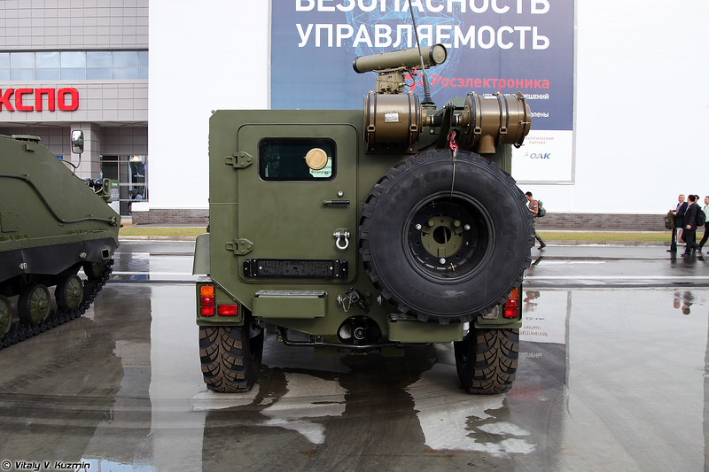 Бронеавтомобиль ВИТИМ с ПТРК (VITIM armored vehicle with ATGM)