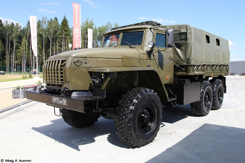 Урал-4320-0010-31 ДКЗ (Ural-4320-0010-31 DKZ armored vehicle)