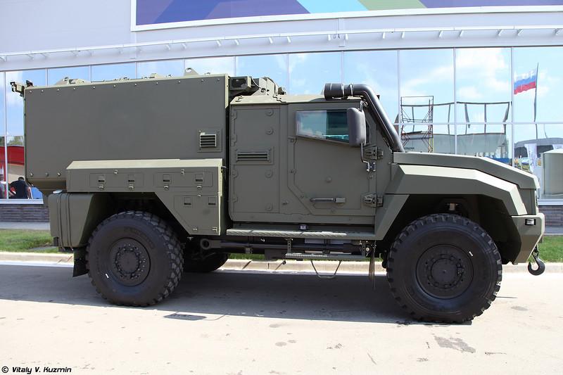 Опытный медицинский бронеавтомобиль на базе Тайфун К-53949 / КАМАЗ-53949 Тайфун-К (Armored medical vehicle on Typhoon K-53949 / KAMAZ-53949 Typhoon-K base)