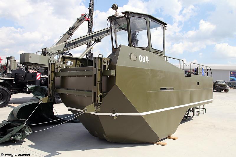 Понтон самоходный ПСТ-1 (PST-1 pontoon railway bridge boat)