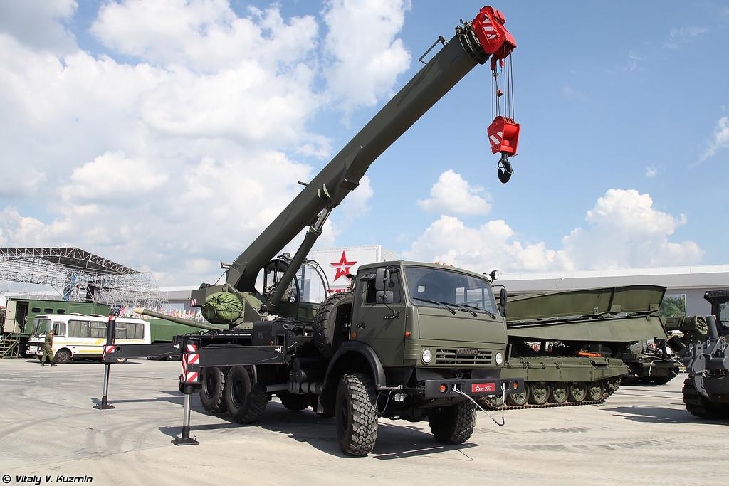 Кран КС-45719-7М (KS-45719-7M crane)