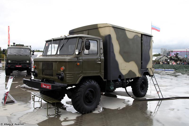Дезинфекционно-душевая установка ДДА-66 (DDA-66 personnel decontamination vehicle)