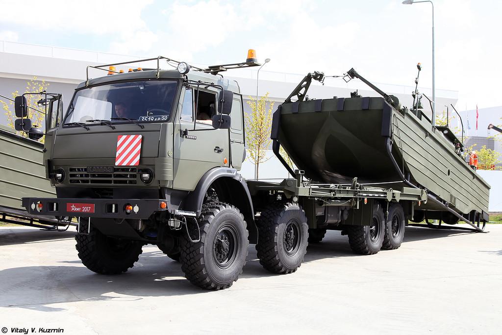 Буксирно-моторный катер БМК-МО (BMK-MO boat)