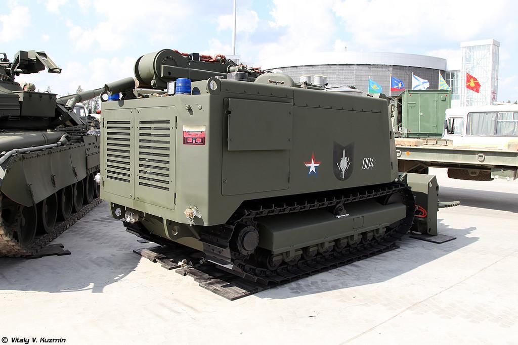 Робототехнический комплекс пожаротушения Уран-14 (Uran-14 firefighting UGV)