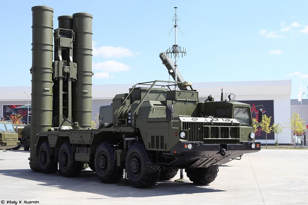Пусковая установка 5П85СЕ3 из состава ЗРС С-400 (5P85SE3 TEL for S-400 air defence system)