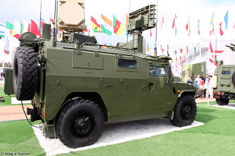 Машина разведки и управления взвода ПЗРК 9С937 Гибка-С (Platoon commander reconnaissance and command vehicle 9S937 Gibka-S)