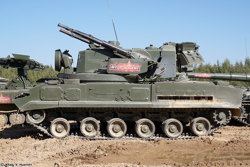 Боевая машина 2С6М ЗРПК 2К22М Тунгуска-М (2S6M combat vehicle of 2K22M Tunguska-M system)