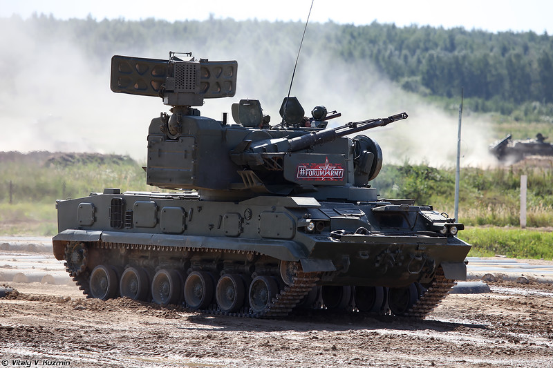 Боевая машина 2С6М ЗРПК 2К22М Тунгуска-М (2S6M combat vehicle of 2K22M Tunguska-M system)
