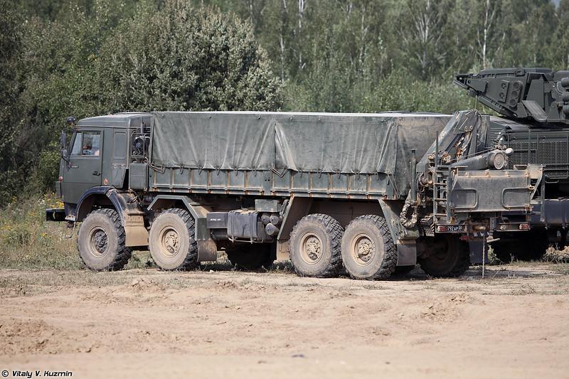Транспортно-заряжающая машина ЗРПК 96К6 Панцирь-С (96K6 Pantsir-S transloader)