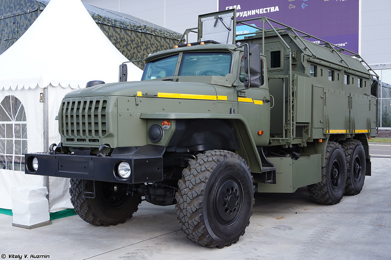 Бронеавтомобиль Урал Федерал-42590 поздняя версия (Ural Federal-42590 late variant armored vehicle)