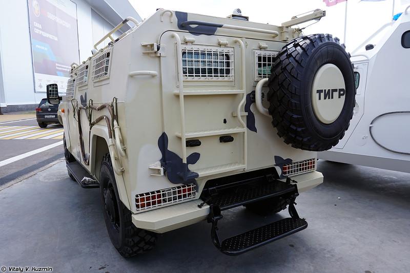 Модифицированный вариант бронеавтомобиля АСН 233115 Тигр-М СпН (Upgraded ASN 233115 Tigr-M SpN armored vehicle)