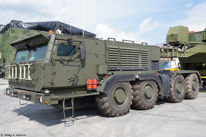 КАМАЗ-78504 и изотермический транспортировочно-стыковочный агрегат 15Т555 (KAMAZ-78504 and 15T555 unit)
