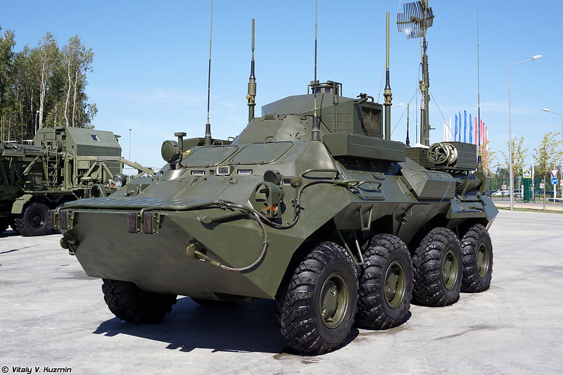 Командно-штабная машина Р-149МА1 (R-149MA-1 command and signal vehicle)