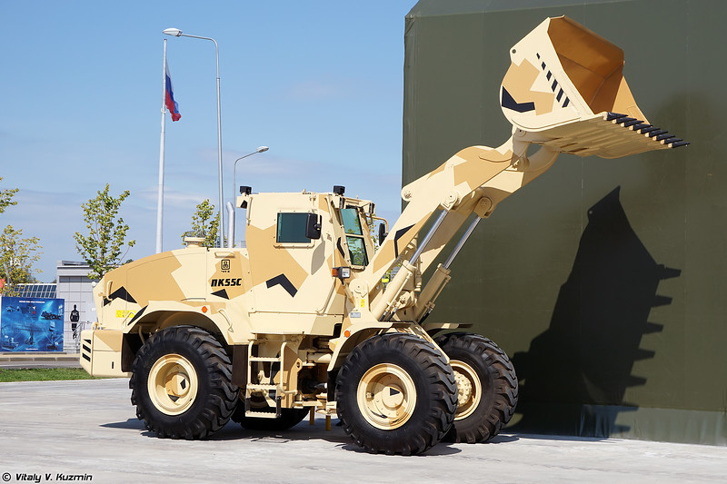 Бронированный погрузчик ПК-55С (PK-55S armored loader)