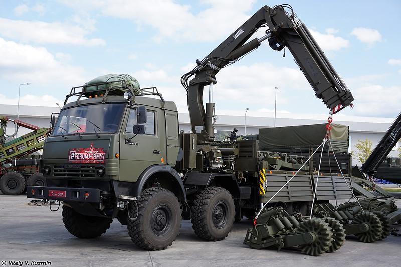 Кран-манипулятор военного назначения КМВ-20К (KMV-20K crane)