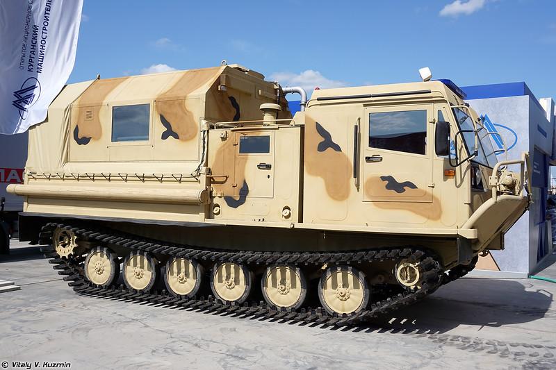 Гусеничный вездеход ТМ-140 (TM-140 tracked all-terrain vehicle)