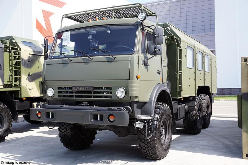 Машина обеспечения технических расчетов МОТР (MOTR repair personnel carrier)