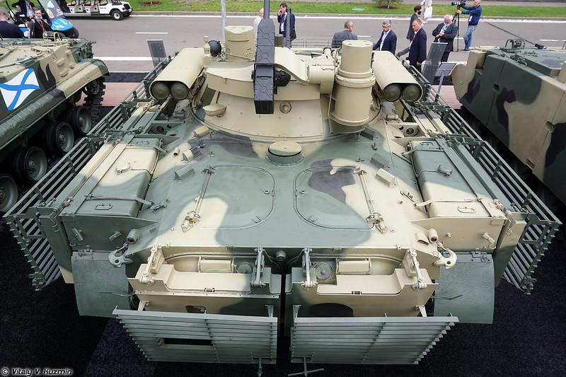 БМП-2М с комплексом вооружения Б05Я01 Бережок и комплектом дополнительной защиты (Uparmoured BMP-2M with B05Ya01 Berezhok turret)