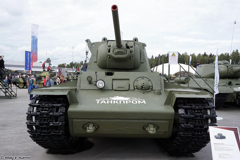 Тяжелый танк КВ-1 (KV-1 heavy tank)