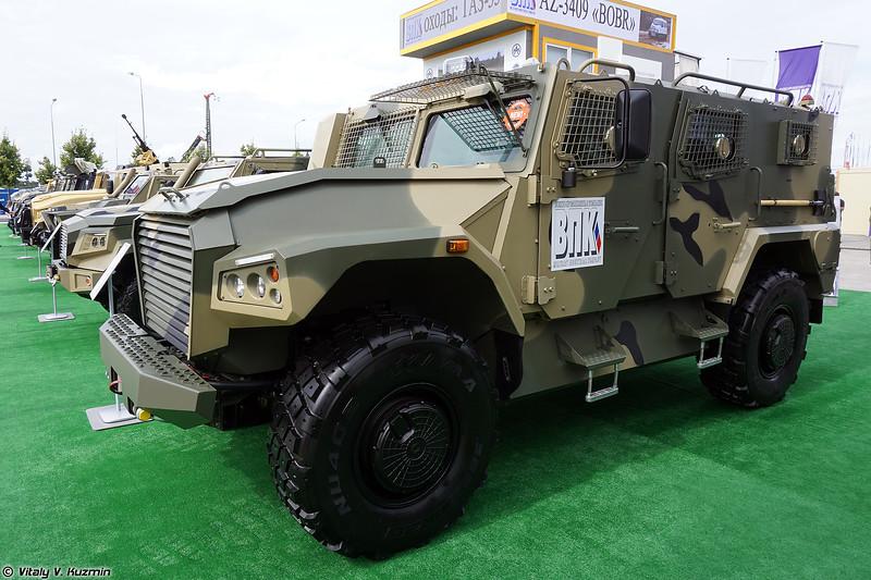 СБМ ВПК-233136 Тигр-М на базе узлов и агрегатов автомобиля Атлет (VPK-233136 Tigr-M SBM with Atlet chassis and parts)