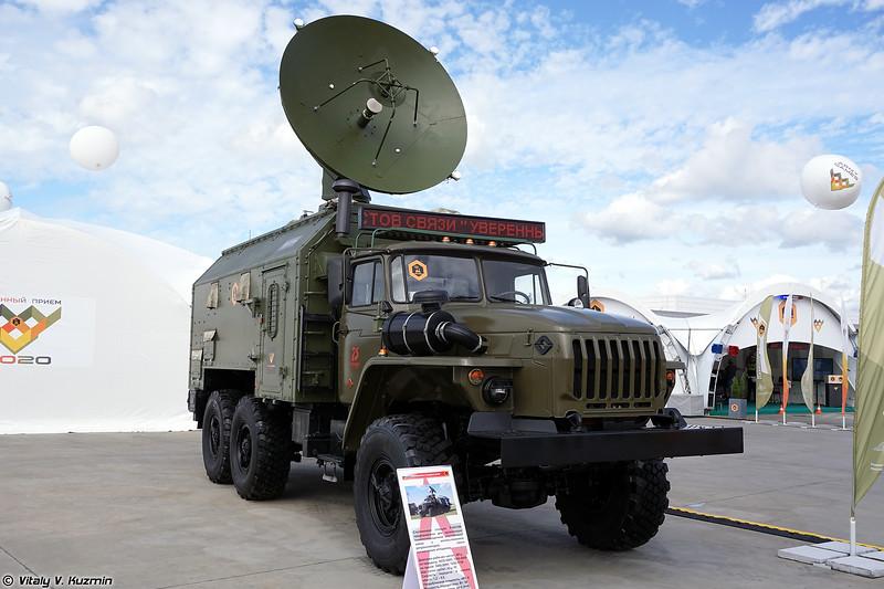 Станция спутниковой связи Р-441-ЛМ (R-441-LM satellite signal vehicle)