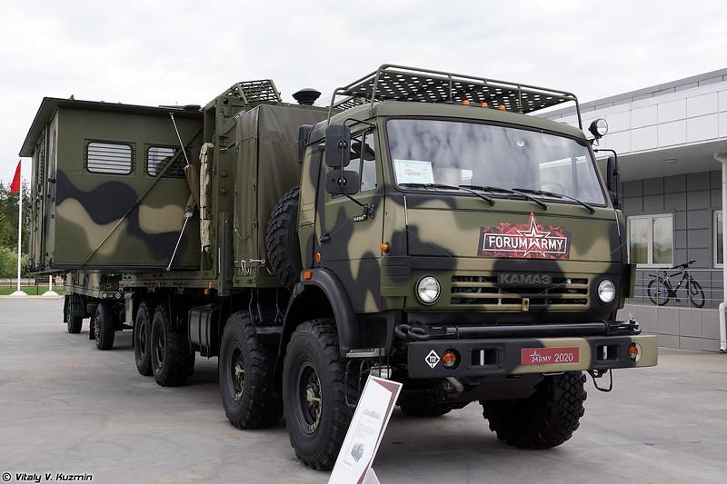 Машина управления АПЕ-5К (APE-5K command vehicle)