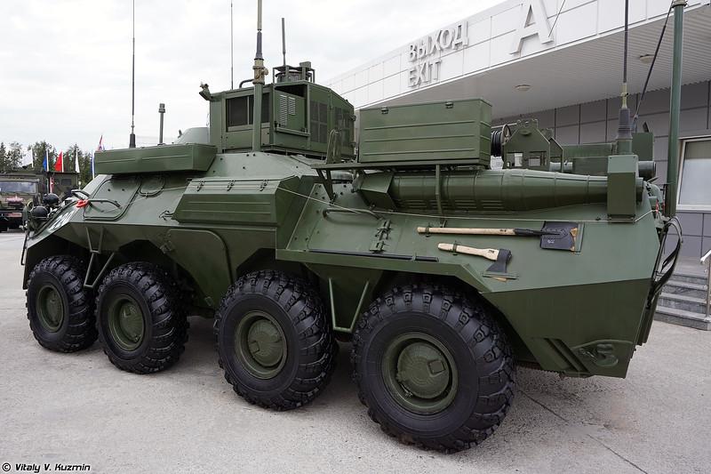 Командно-штабная машина Р-149МА1 (R-149MA1 command vehicle)