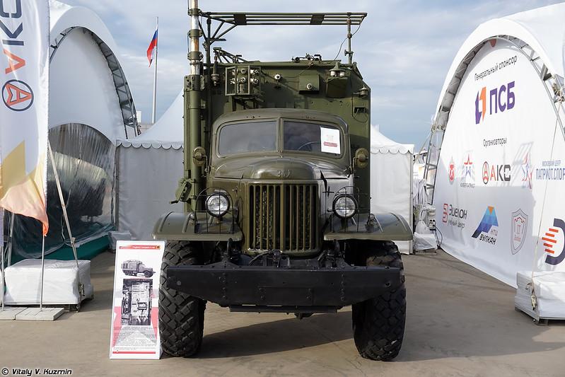 Радиостанция Р-140 (R-140 signal vehicle)