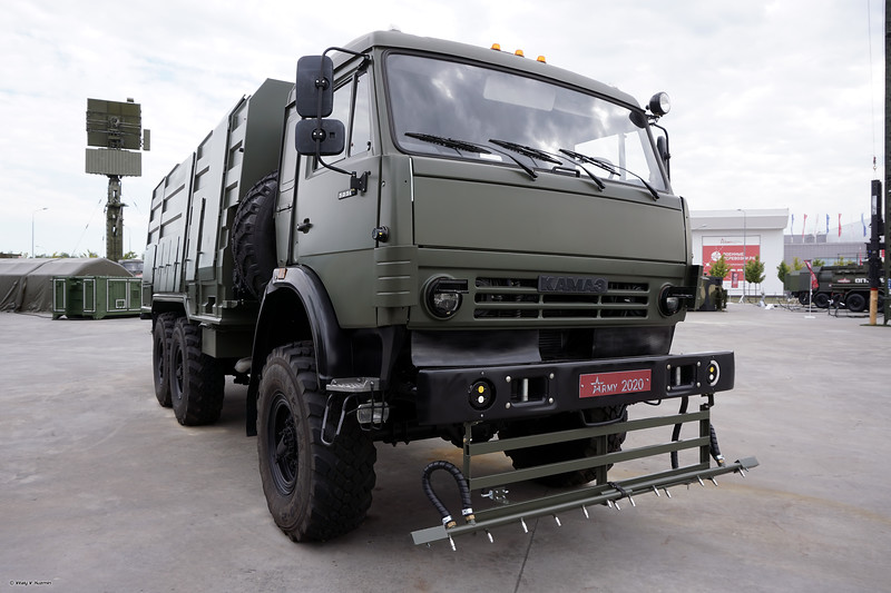 Авторазливочная станция АРС-16 (ARS-16 decontamination vehicle)
