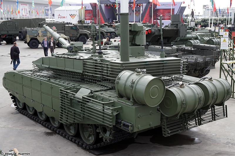 Т-90М со станцией оптической разведки (T-90M with optical reconnaissance station)