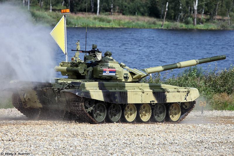Тем временем команда Сербии идет к финишу и победе в этом заезде. (Serbian T-72B3)
