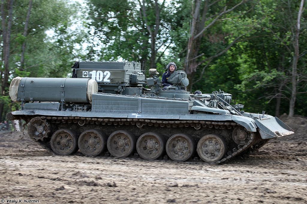 Бронированная ремонтно-эвакуационная машина БРЭМ-1 (BREM-1 armored recovery vehicle)